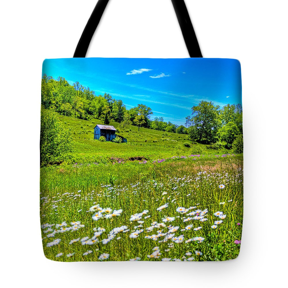 Barn Tote Bag featuring the photograph Barn In A Field by Jonny D