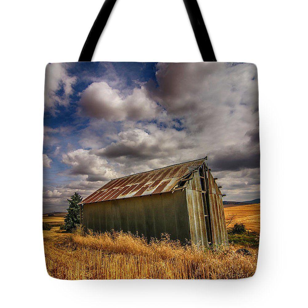 Barn Tote Bag featuring the photograph Barn Solitude by Dan Earle