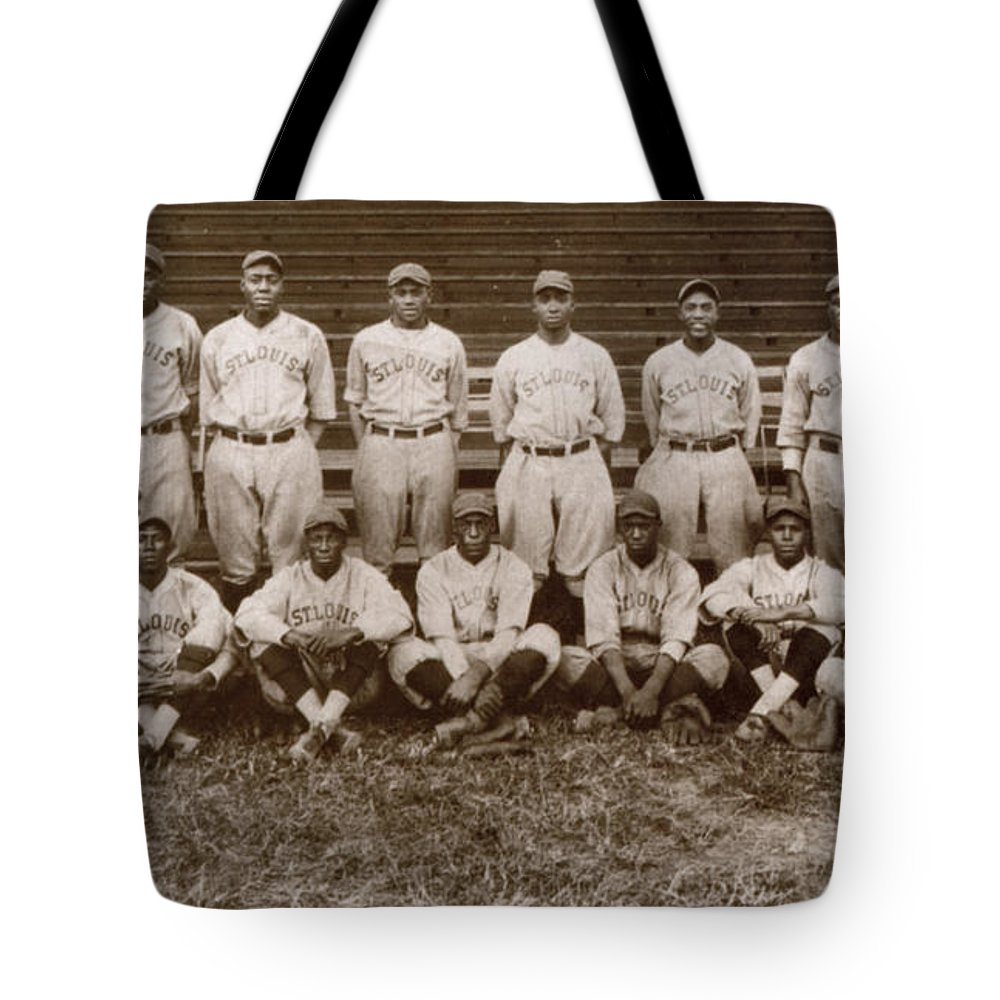 1927 Tote Bag featuring the photograph Baseball: Negro Leagues by Granger