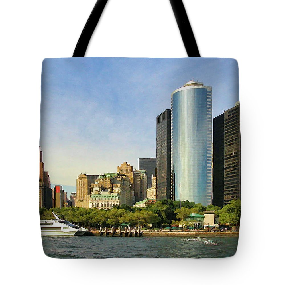 New York City Tote Bag featuring the photograph Battery Park by Dave Thompsen