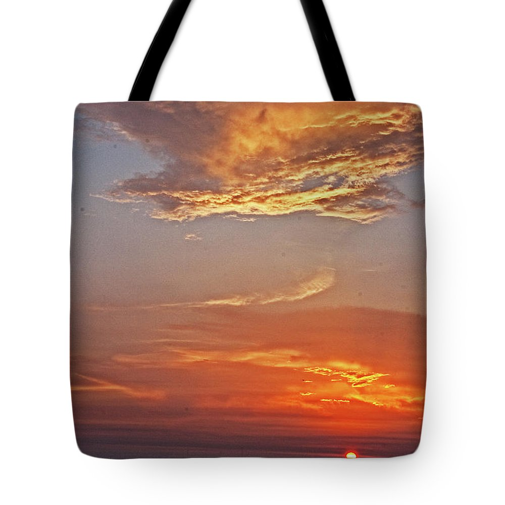 Sunset Tote Bag featuring the photograph Bay Sunset by David Campbell
