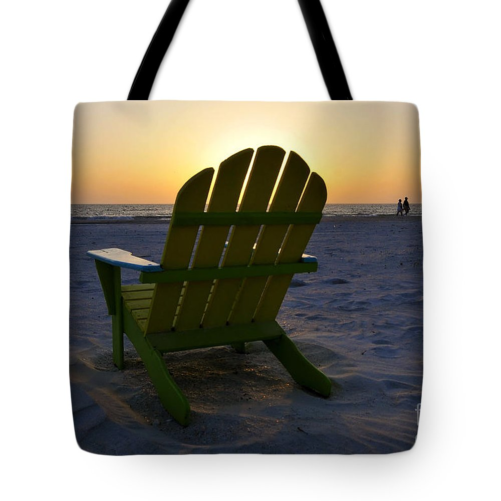 Sunset Tote Bag featuring the photograph Beach Chair Sunset by David Lee Thompson