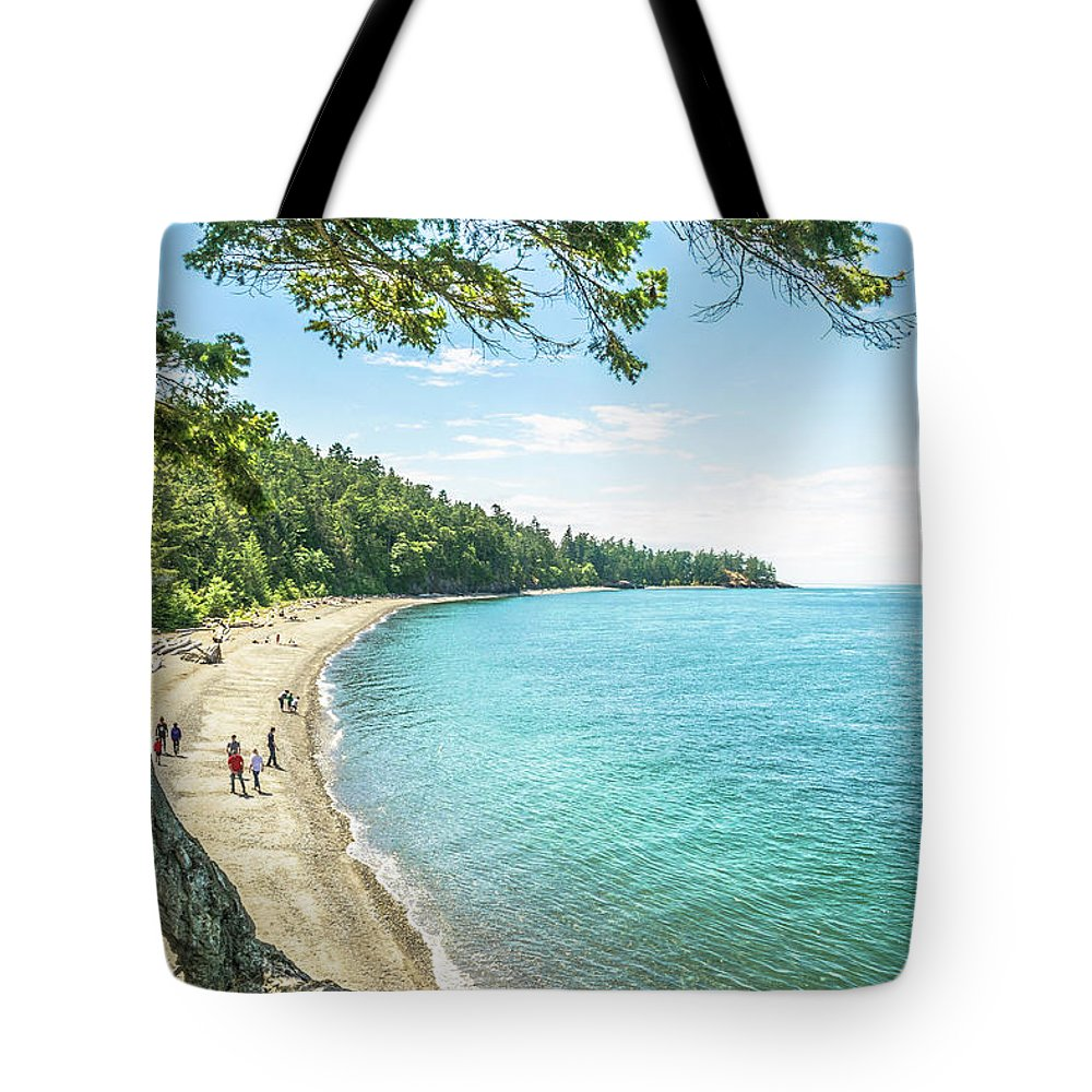 Beach Tote Bag featuring the photograph Beaches Of The Pacific Northwest by David Lee