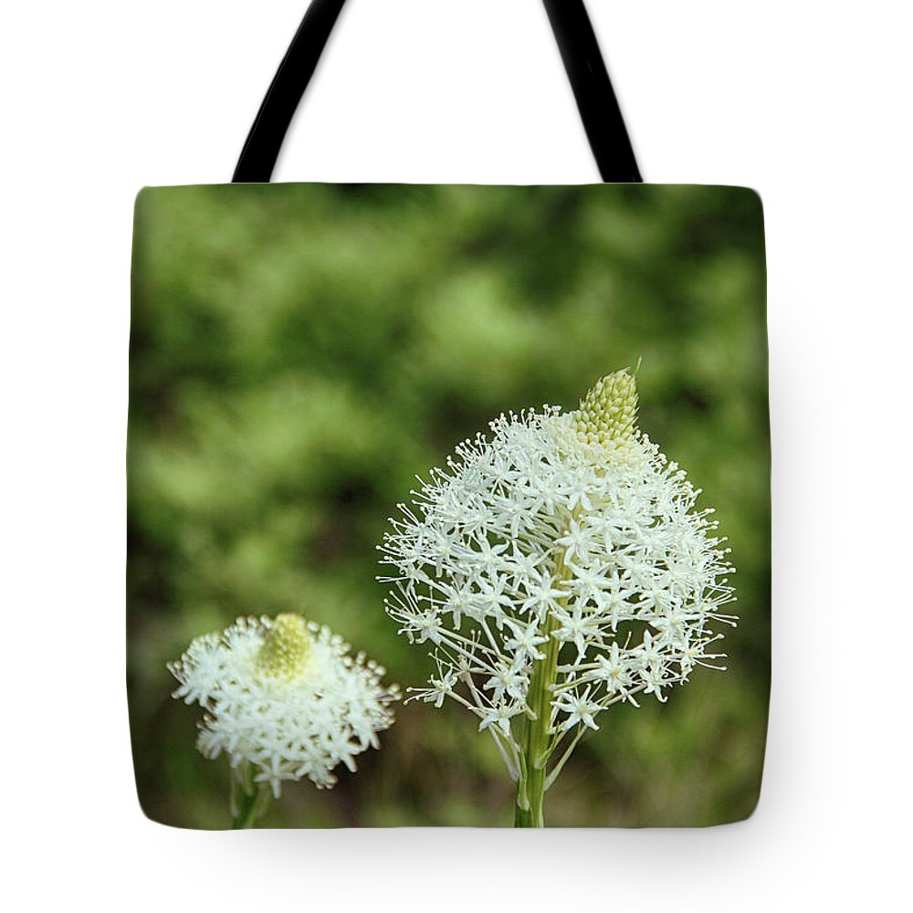 Bear Grass. Flower Tote Bag featuring the photograph Bear Grass Blossom by Marie Leslie