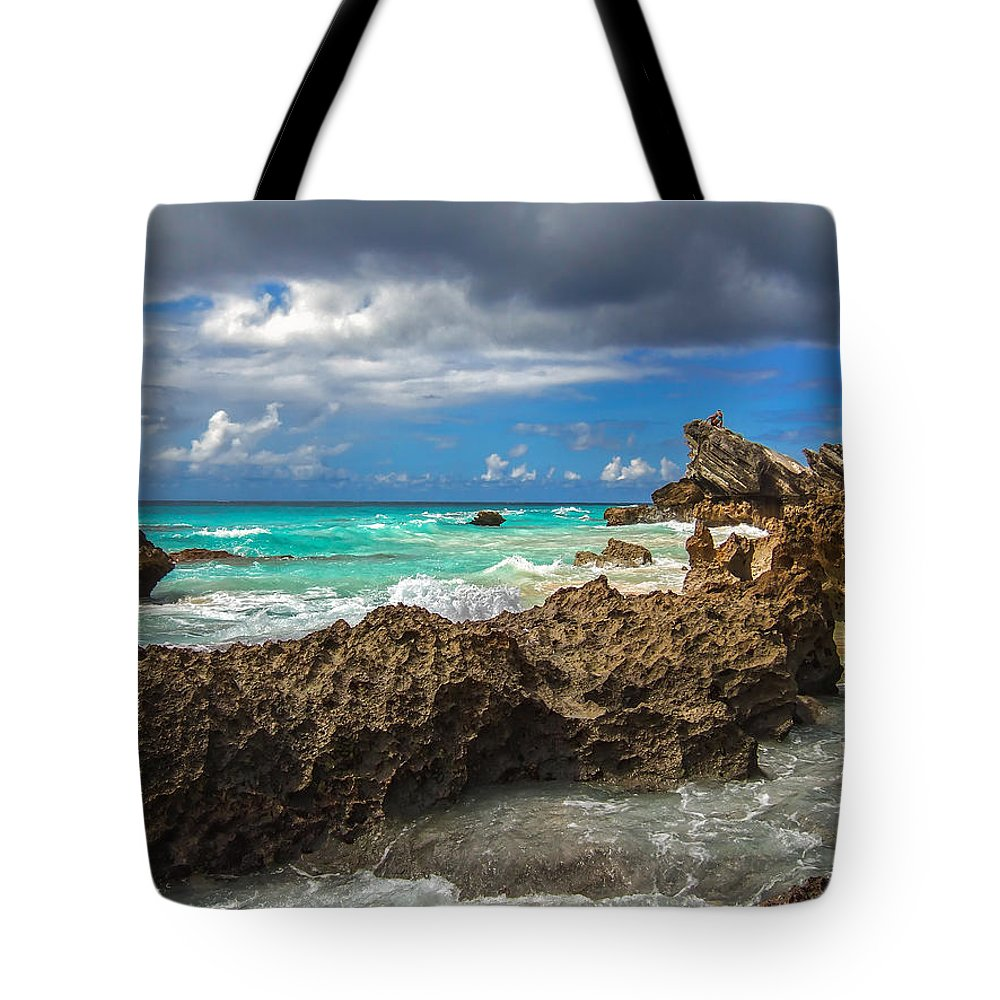 Atlantic Tote Bag featuring the photograph Beautiful Bermuda by Lori Coleman