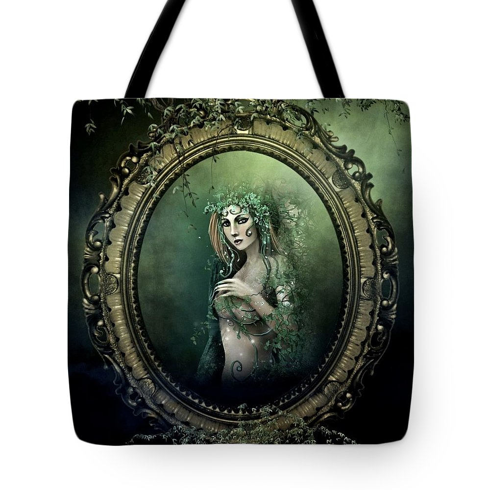 Ivy Tote Bag featuring the photograph Beautiful Ivy by G Berry