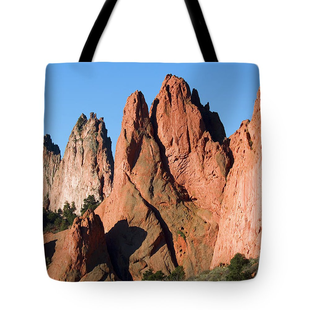 Garden Of The Gods Tote Bag featuring the photograph Beautiful Sandstone Spires In Garden Of The Gods Park by Steve Krull