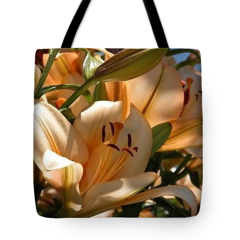 Flower Tote Bag featuring the photograph Beauty In Life by Lisa Brice