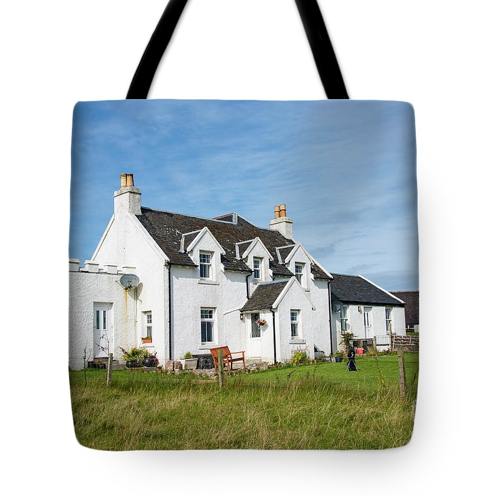 Isle Of Iona Tote Bag featuring the photograph Iona Bed And Breakfast Two by Bob Phillips
