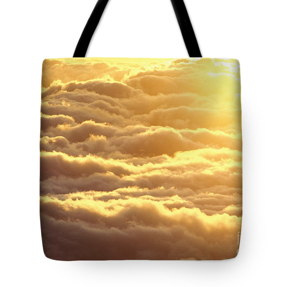 Afternoon Tote Bag featuring the photograph Bed Of Puffy Clouds by Carl Shaneff - Printscapes