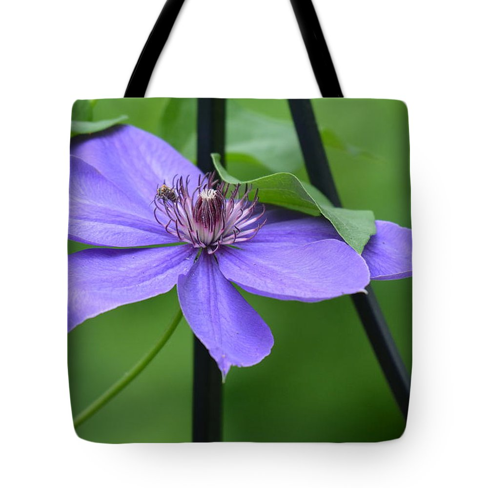 Clematis Tote Bag featuring the photograph Bee On Bloom by Shelley Smith