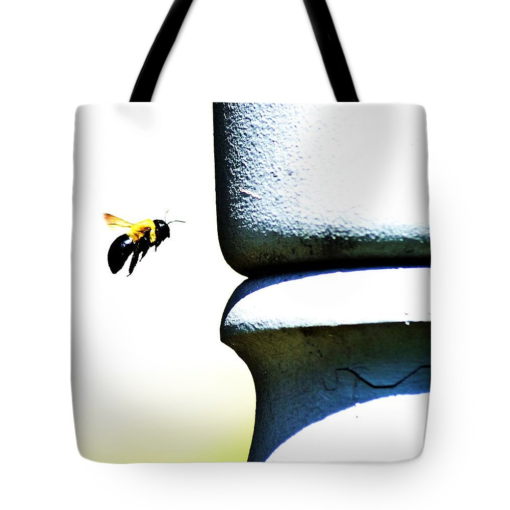 Nature Tote Bag featuring the photograph Bee Youtiful by Cassandra Dice