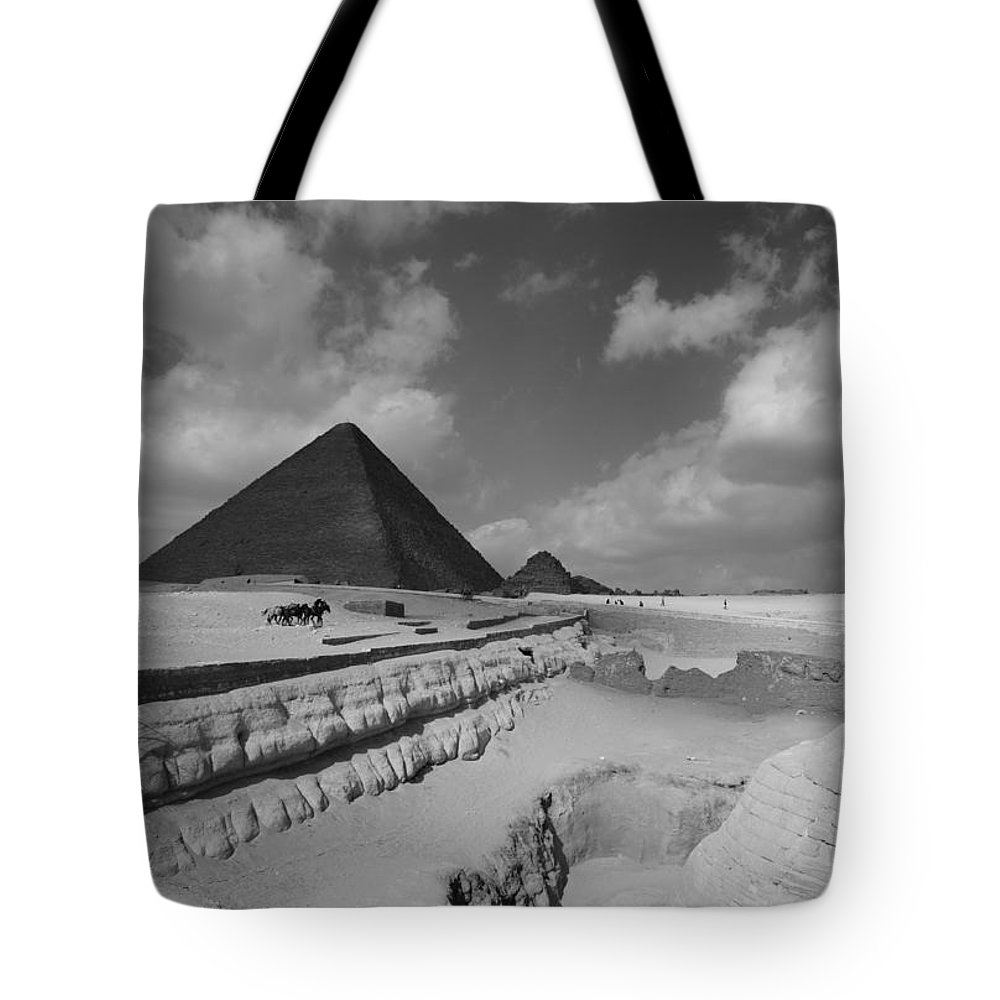 Pyramid Tote Bag featuring the photograph Behind The Sphynx by Donna Corless