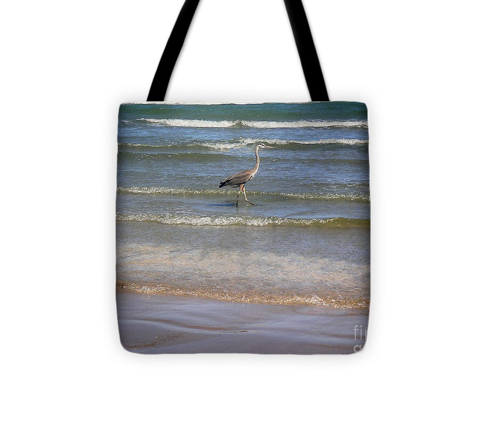 Nature Tote Bag featuring the photograph Being One With The Gulf - Alert by Lucyna A M Green
