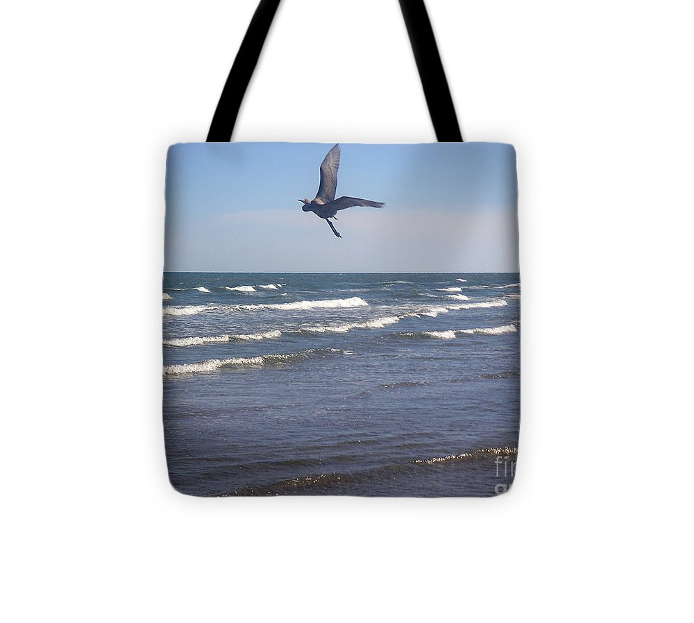 Nature Tote Bag featuring the photograph Being One With The Gulf - On Wings by Lucyna A M Green