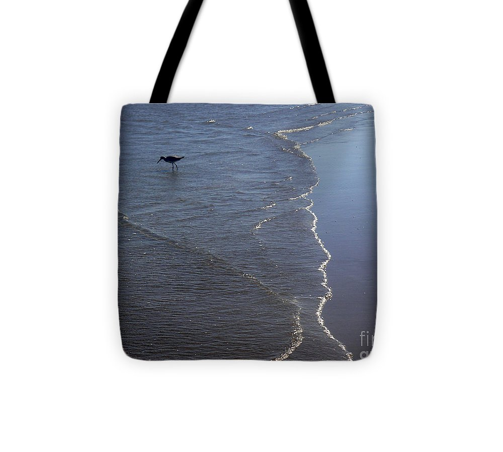 Nature Tote Bag featuring the photograph Being One With The Gulf - Pinpointing by Lucyna A M Green