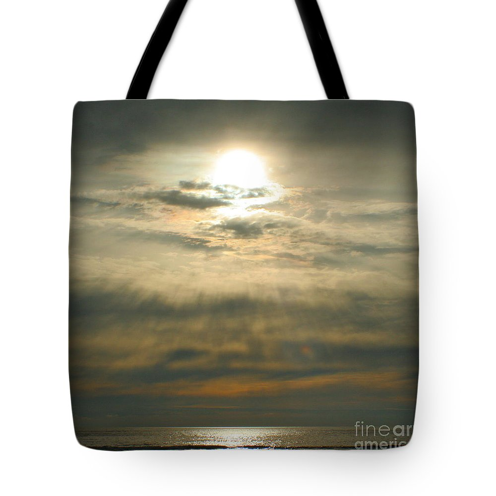 Sun Tote Bag featuring the photograph Believe by Idaho Scenic Images Linda Lantzy