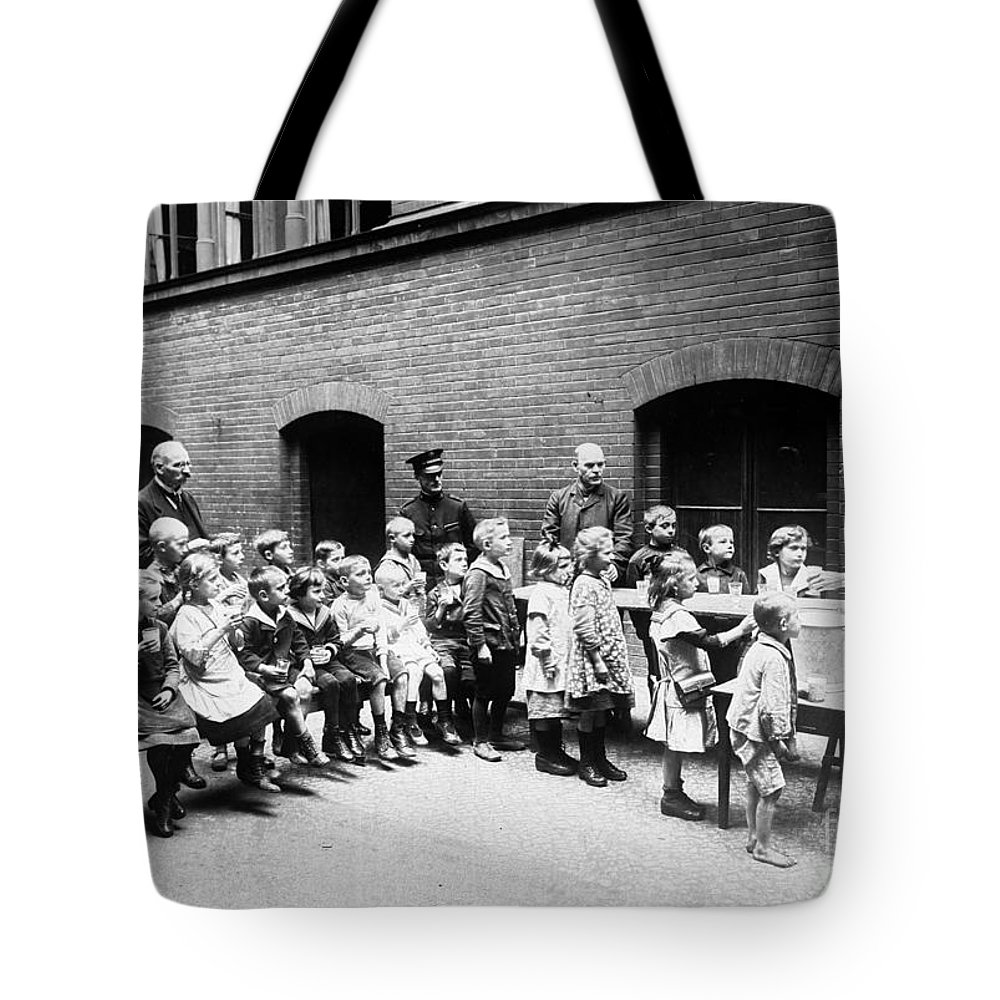 20th Century Tote Bag featuring the photograph Berlin: Salvation Army by Granger