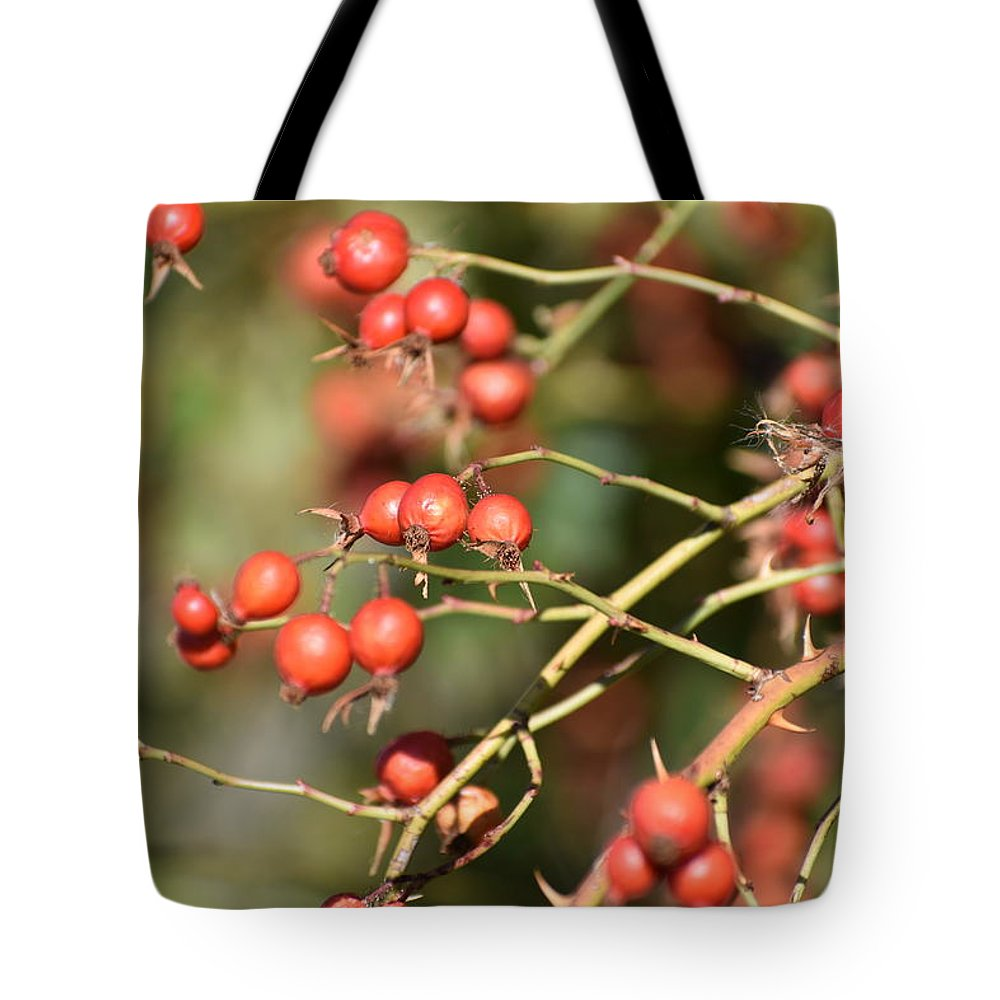 Berries Tote Bag featuring the photograph Berry Christmas by Sharon Horning