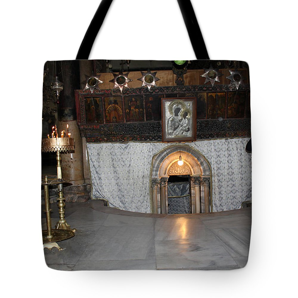 Bethlehem Tote Bag featuring the photograph Bethlehem - Woman During Pray by Munir Alawi