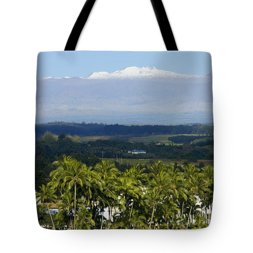 Across Tote Bag featuring the photograph Big Island, Hilo Bay by Ron Dahlquist - Printscapes