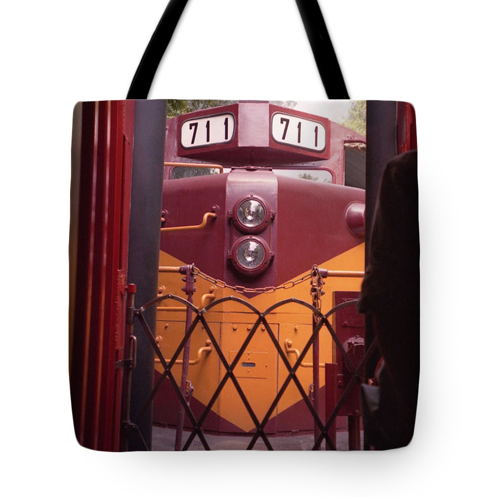 Trains Tote Bag featuring the photograph Big Red by Richard Rizzo