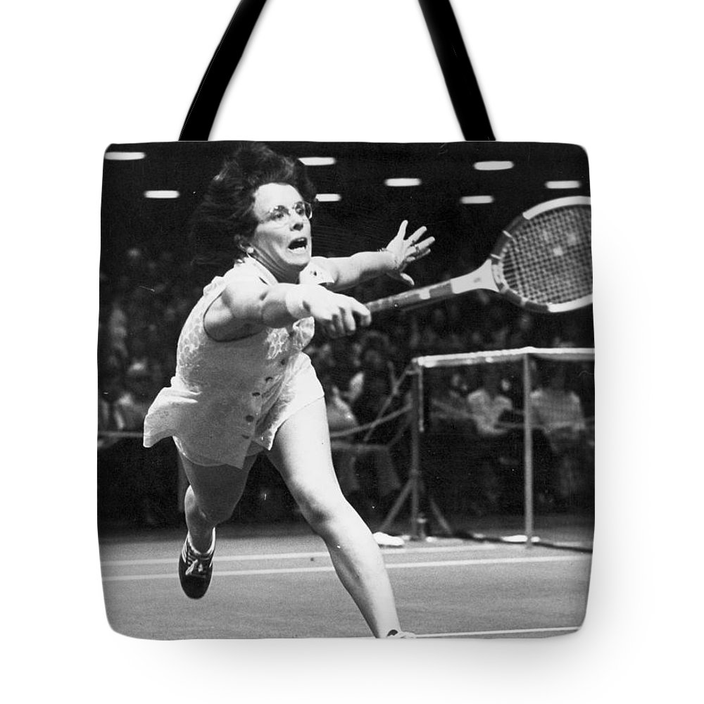 1974 Tote Bag featuring the photograph Billie Jean King by Granger