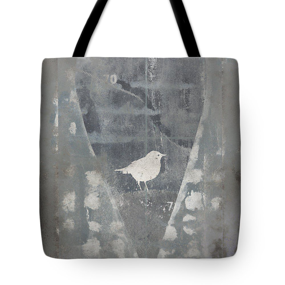 Bird Tote Bag featuring the photograph Bird In Heart by Carol Leigh