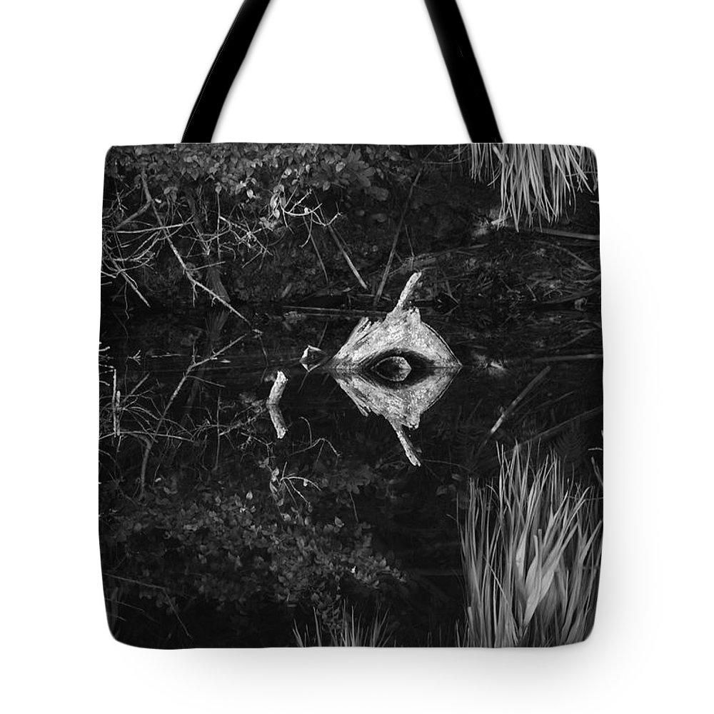 Cyclops Tote Bag featuring the photograph Black And White Cyclops by Rob Hans