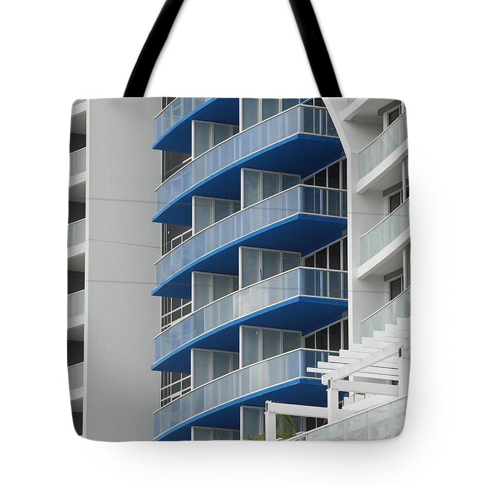 Architecture Tote Bag featuring the photograph Blue Bayu by Rob Hans