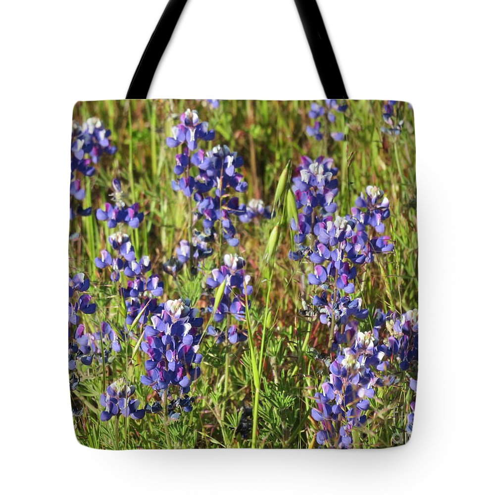 Floral Tote Bag featuring the photograph Blue Bonnets by Suzanne Leonard
