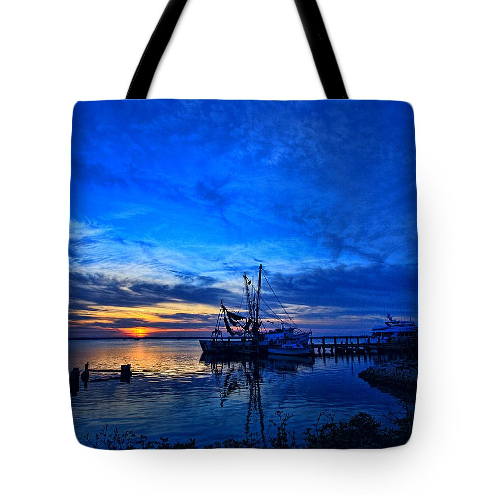 Art Prints Tote Bag featuring the photograph Blue Sky Sunset by Dave Bosse