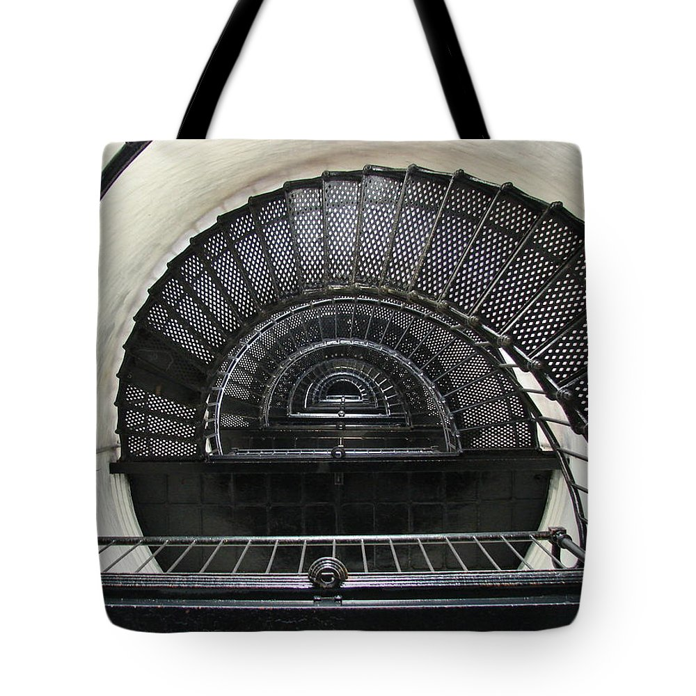 Bodie Lighthouse Tote Bag featuring the photograph Bodie Lighthouse Nags Head Nc Iv by Brett Winn