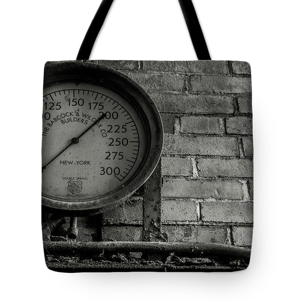 Tote Bag featuring the photograph Boiling Point by Jim Figgins
