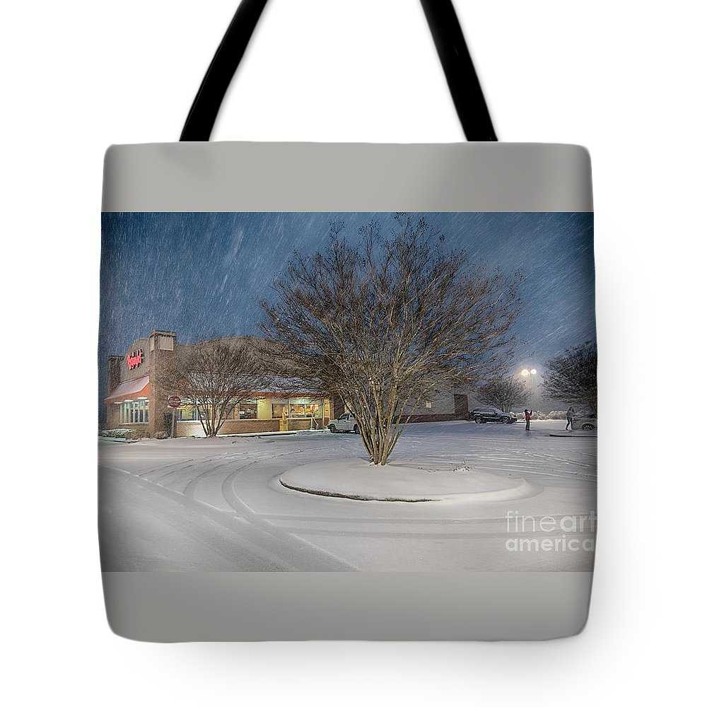 Blizzard Tote Bag featuring the photograph Bojangles Blizzard by Robert Loe