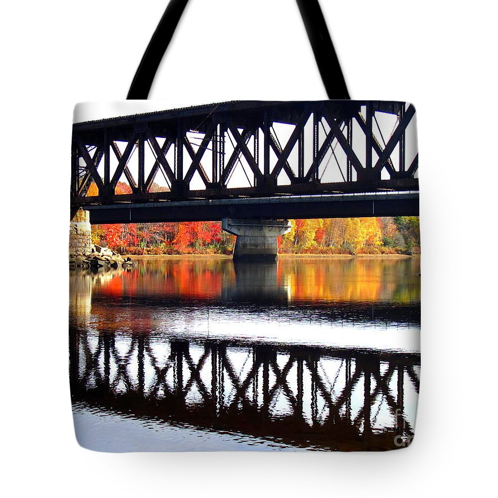 Water Tote Bag featuring the photograph Bold And Beautiful by Sybil Staples