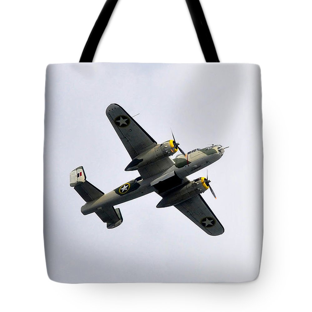 North American B 25 Mitchel Bomber Tote Bag featuring the photograph Bombs Away by David Lee Thompson