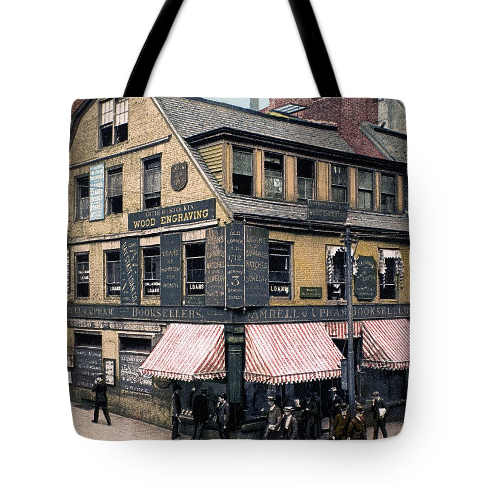 1900 Tote Bag featuring the photograph Boston: Bookshop, 1900 by Granger