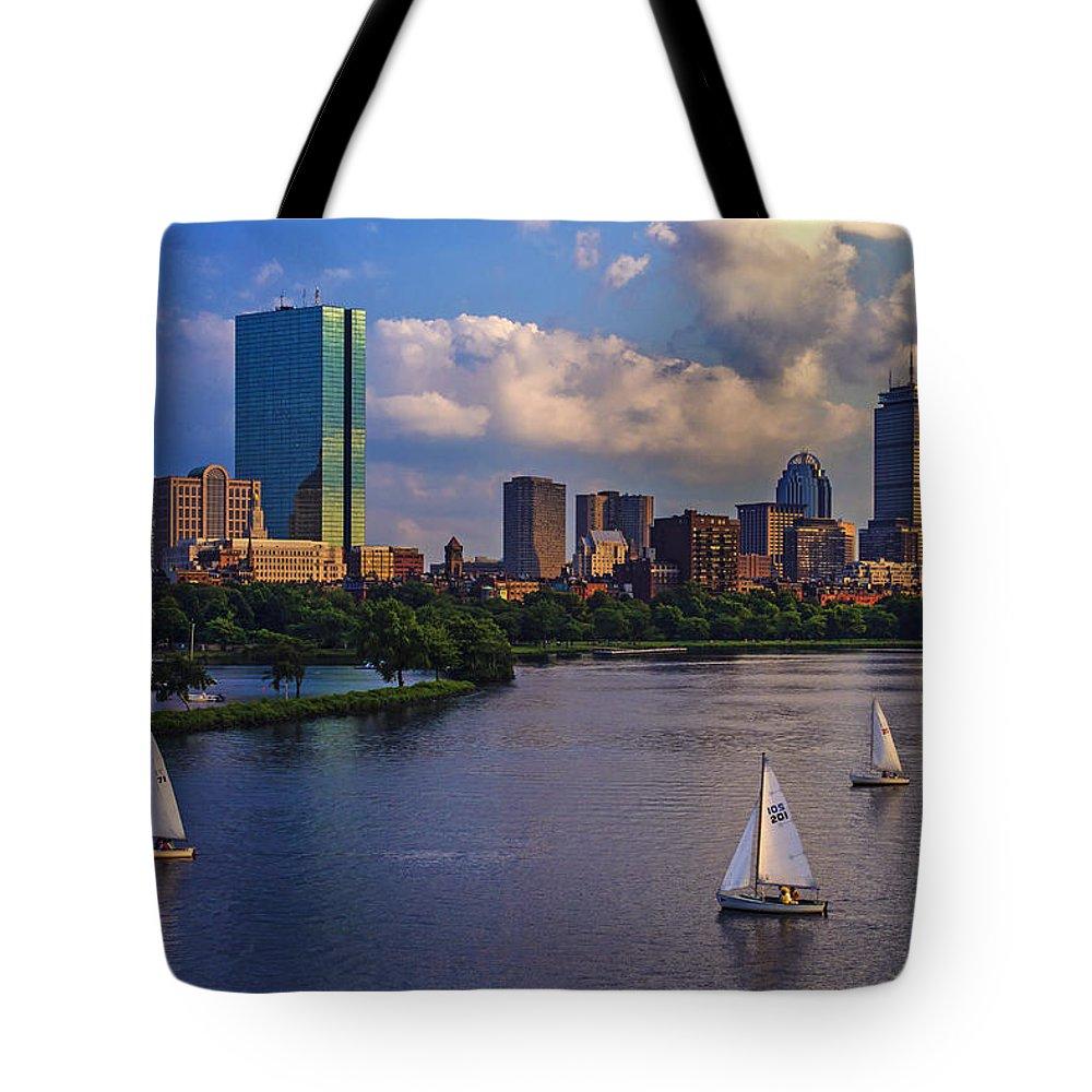 Longfellow Bridge Tote Bag featuring the photograph Boston Skyline by Rick Berk