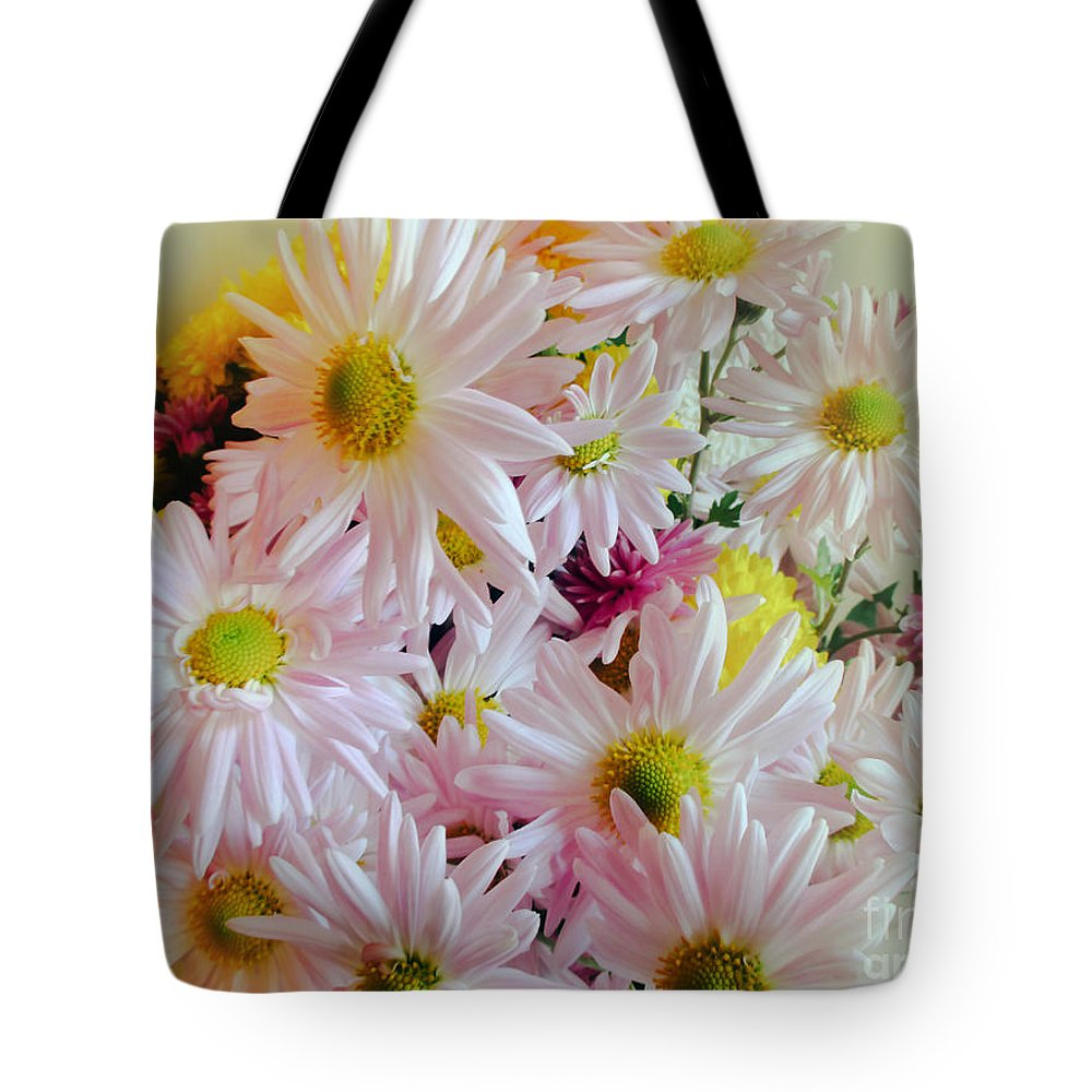 Daisy Tote Bag featuring the photograph Bouquet Of Daisies by Julia Gogol
