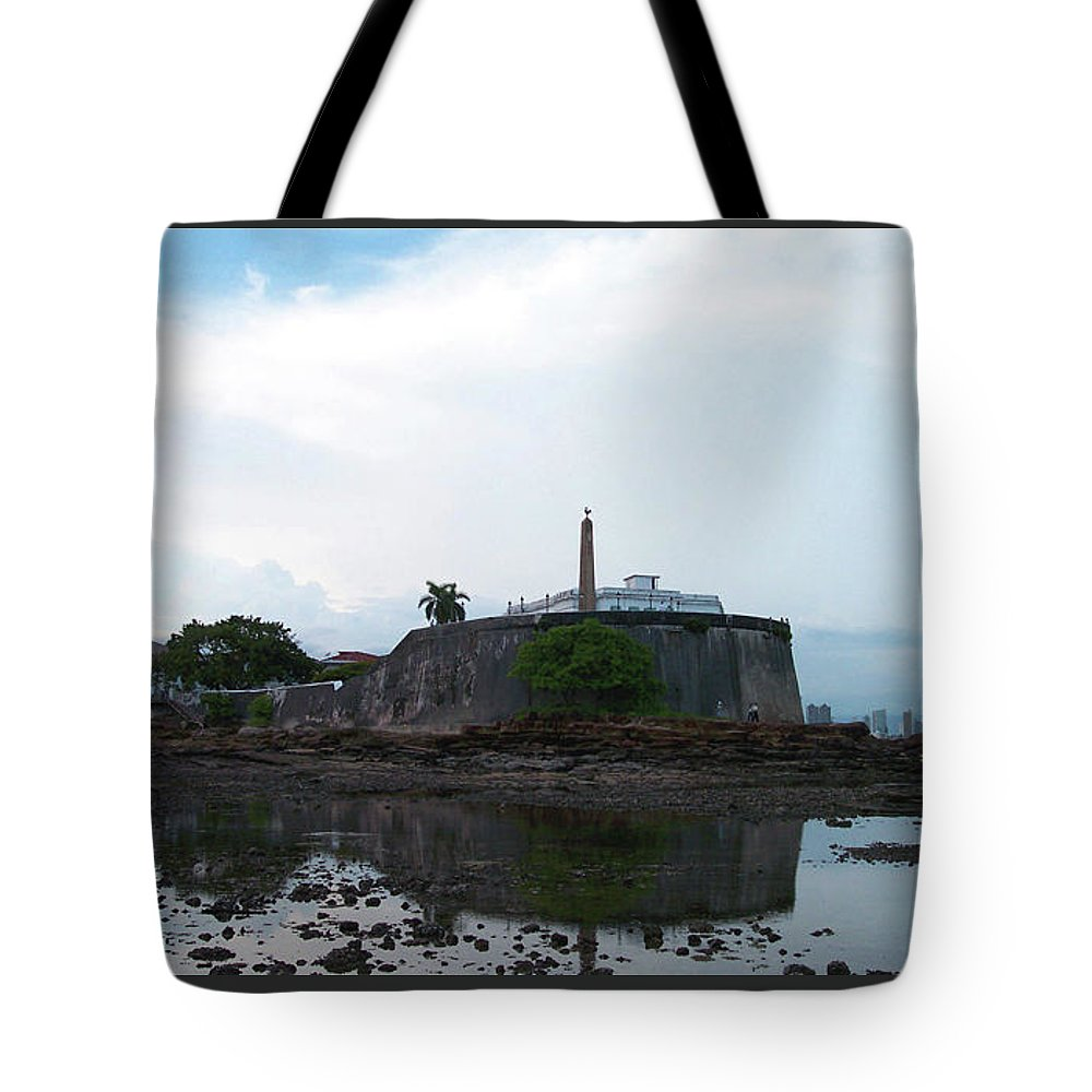 Ricardo Sanchez Beitia Tote Bag featuring the photograph Bovedas by Ricardo Sanchez Beitia