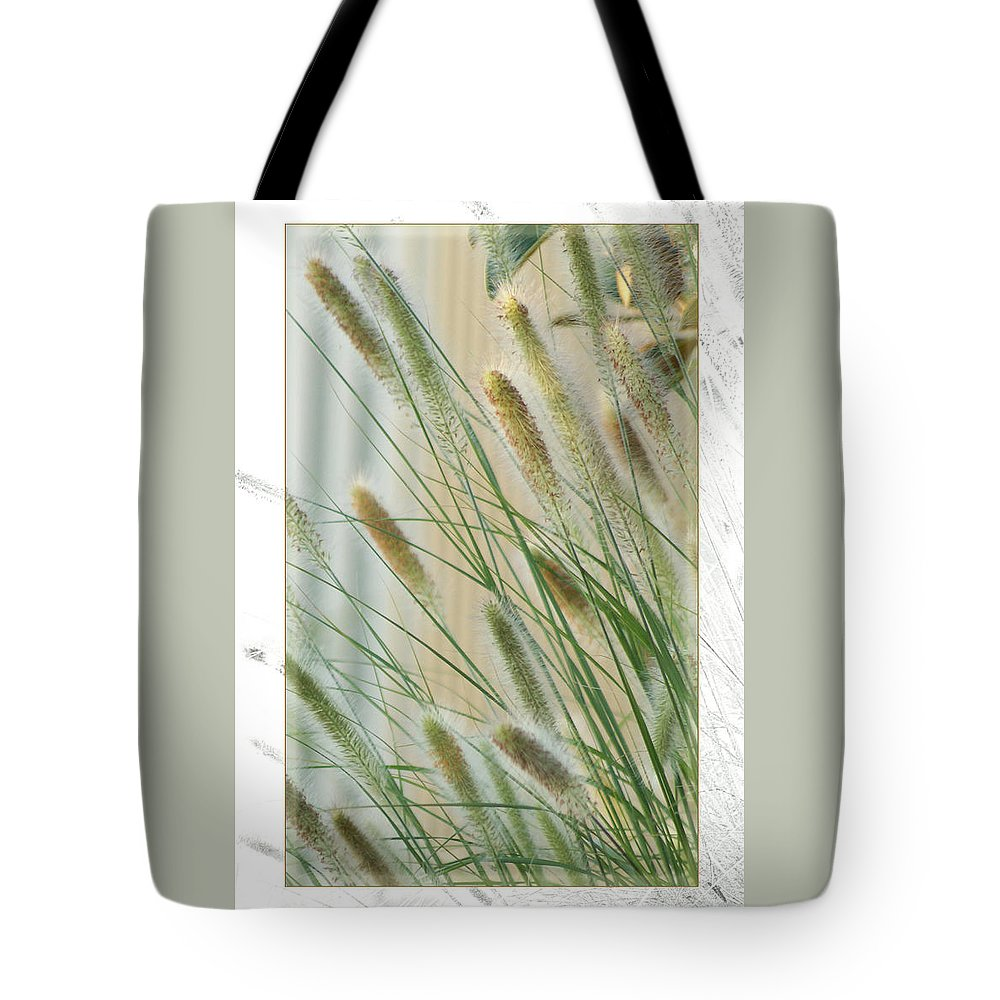 Floral Tote Bag featuring the photograph Breeze by Holly Kempe