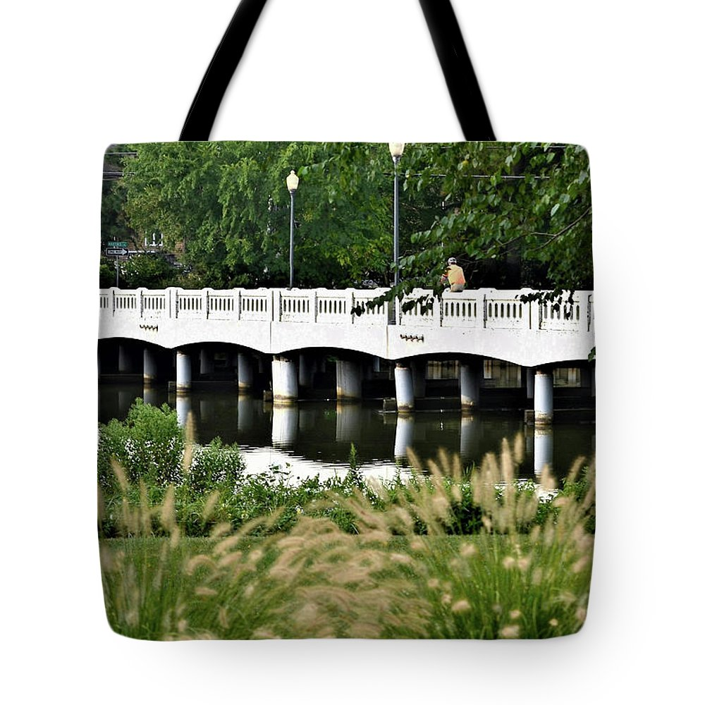 Rehoboth Beach Tote Bag featuring the photograph Bridge Over Silver Lake - Rehoboth Beach Delaware by Kim Bemis