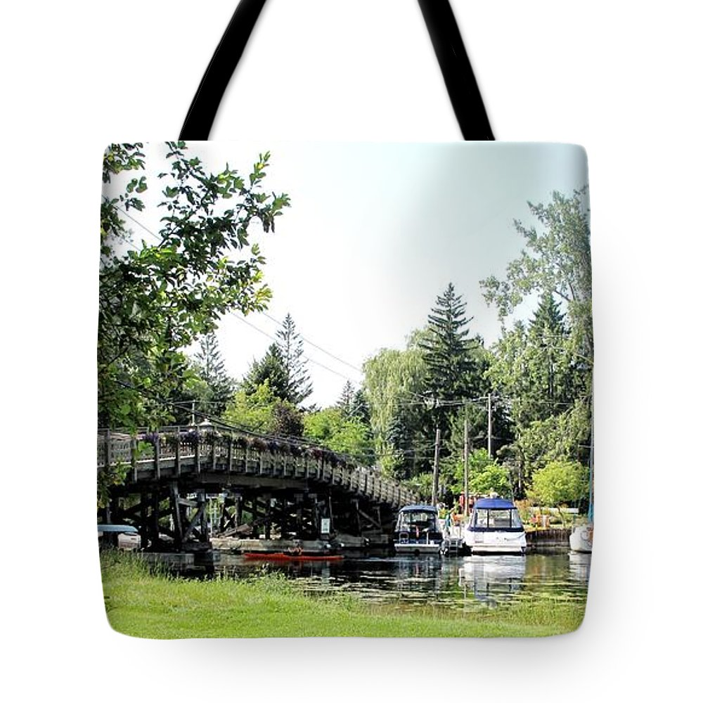 Yahcts Tote Bag featuring the photograph Bridge To The Club by Ian MacDonald