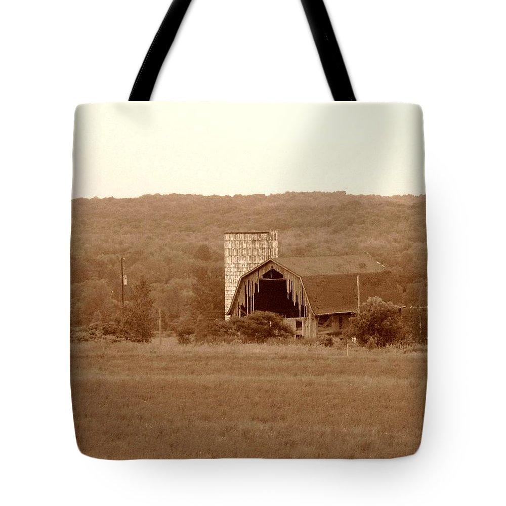 Barn Tote Bag featuring the photograph Broken by Rhonda Barrett