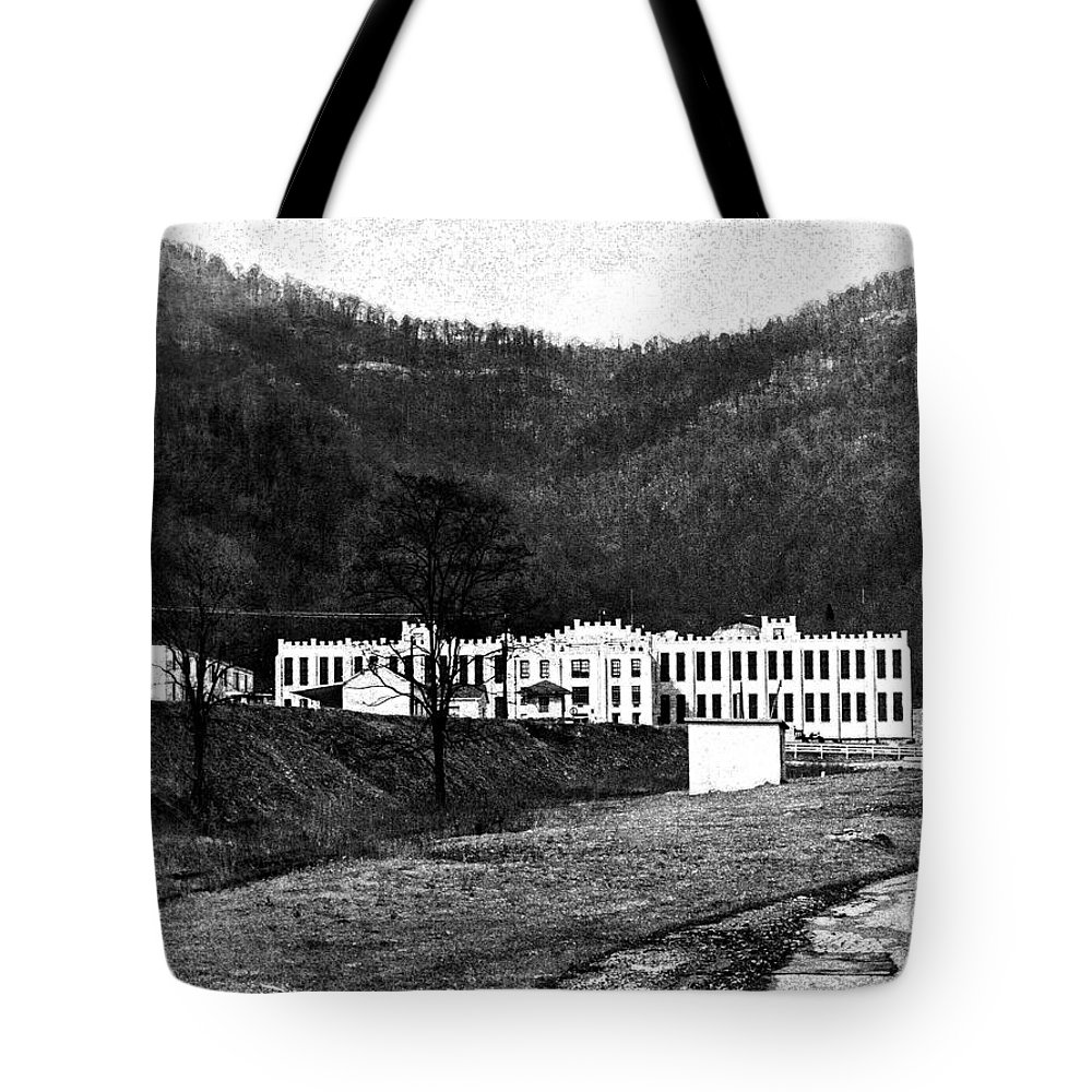 Brushy Mountain State Penitentiary Tote Bag featuring the photograph Brushy Mountain 1 by Paul Mashburn