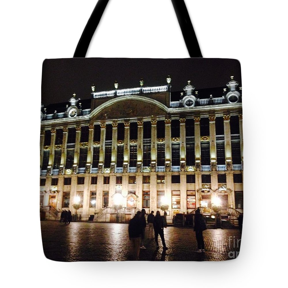 Brussels Tote Bag featuring the photograph Brussels Lights At Plaza by Jost Houk