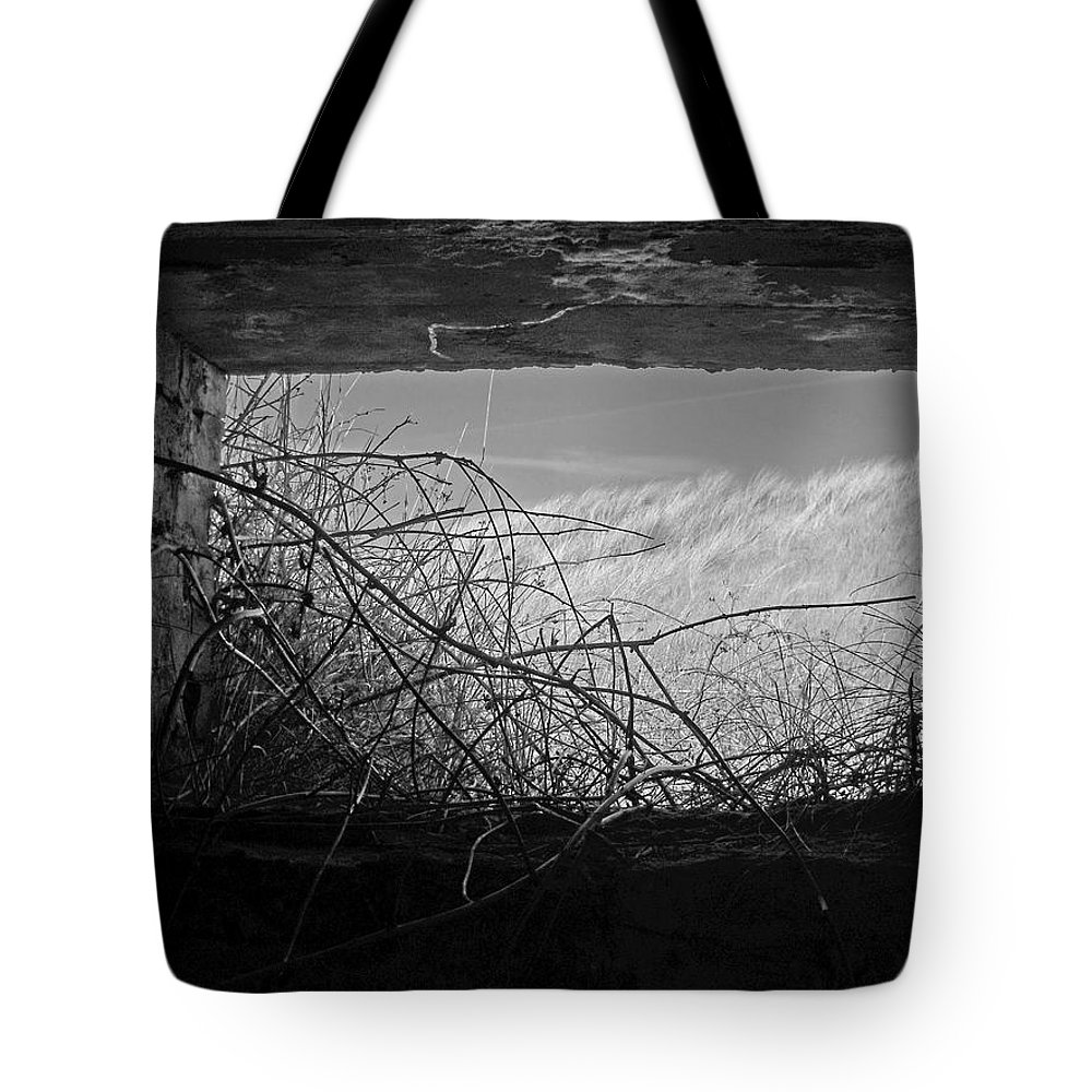 England Tote Bag featuring the photograph Bunker View by Julia Raddatz