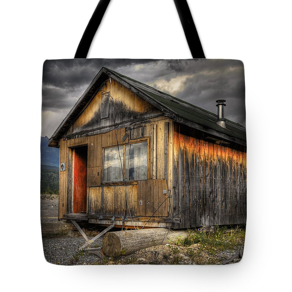 Architecture Tote Bag featuring the photograph Busted Shack by Wayne Sherriff