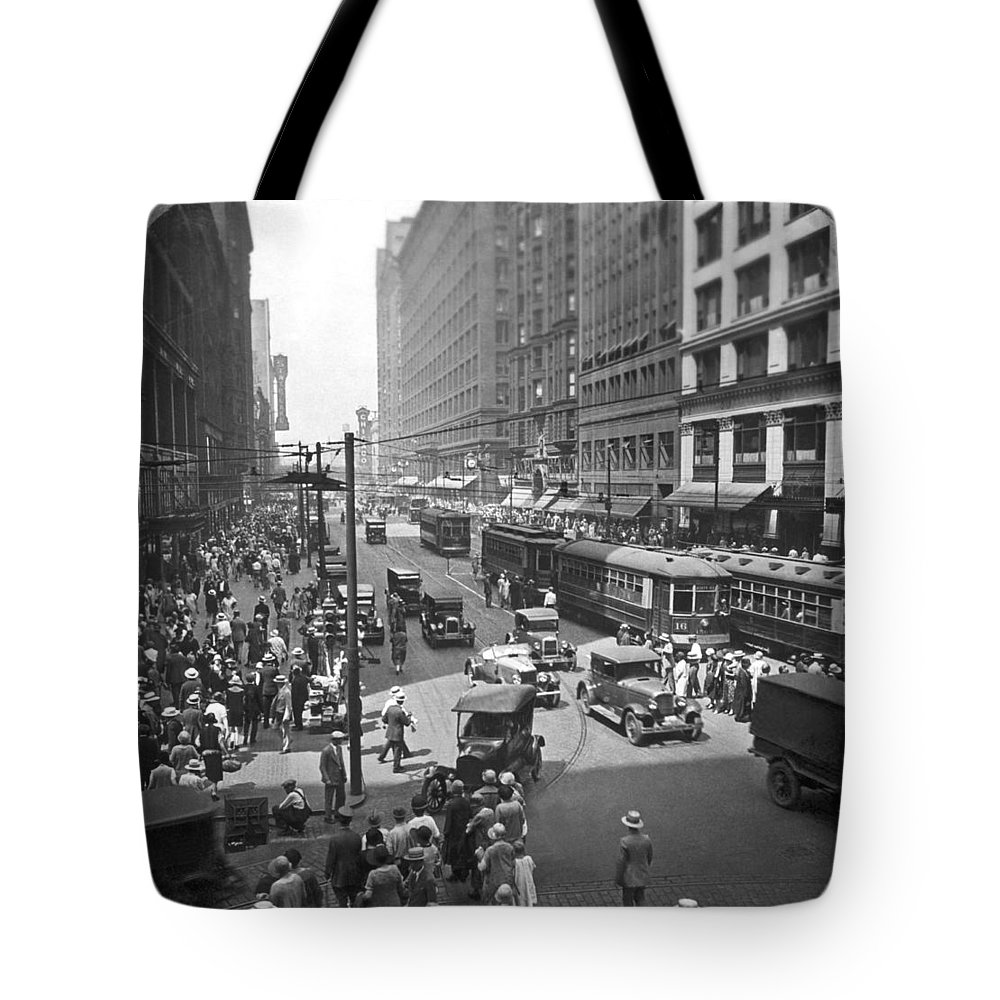1920s Tote Bag featuring the photograph Busy State Street In Chicago by Keystone View Company